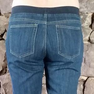 Boston Proper Denim Pull On Jegging Jeans Size 8